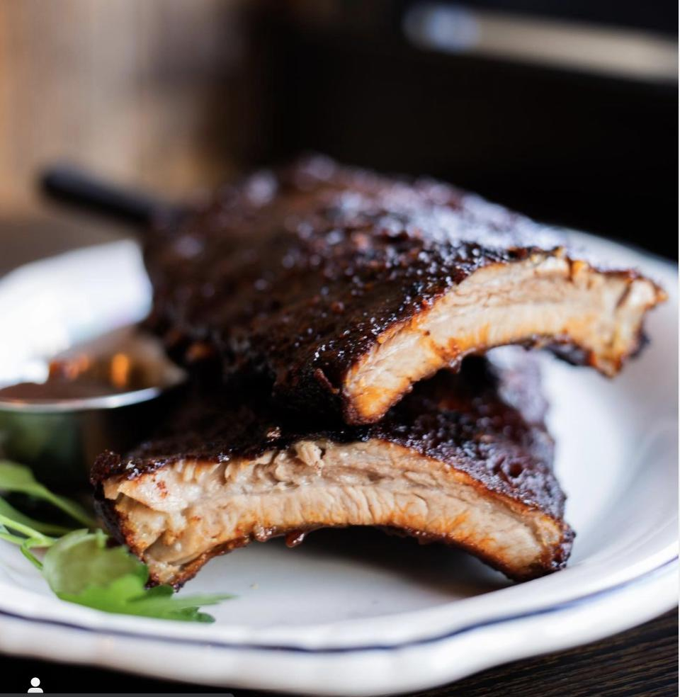 Slow-Cooked Ribs