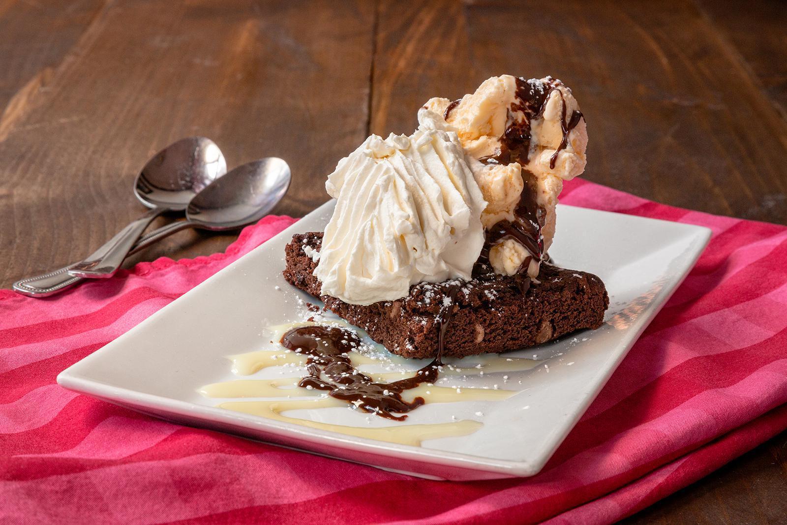 Hot Fudge Brownie Sundae Photo