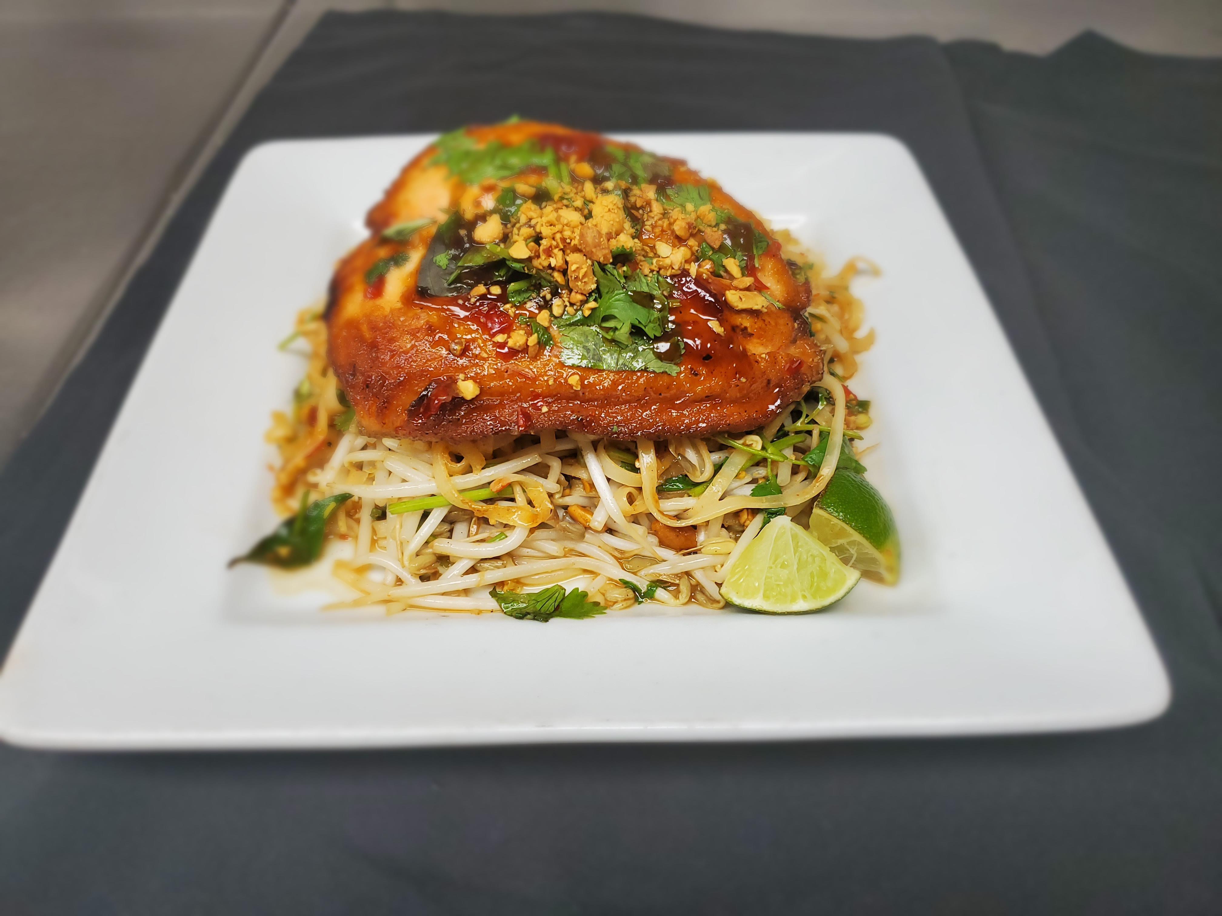 Fresh Atlantic Salmon Pad Thai