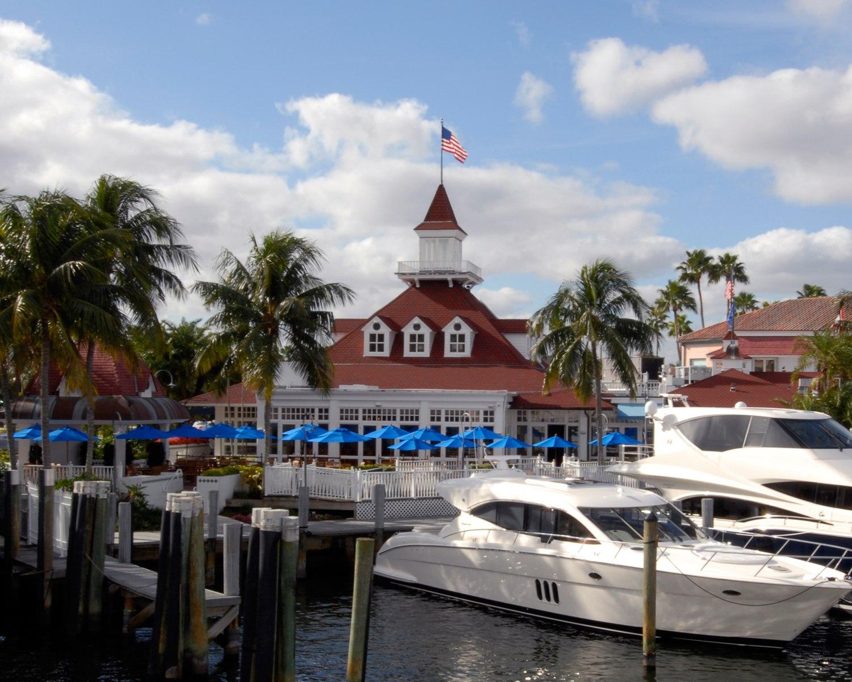 Waterfront Dining at Bimini Boatyard Bar & Grill