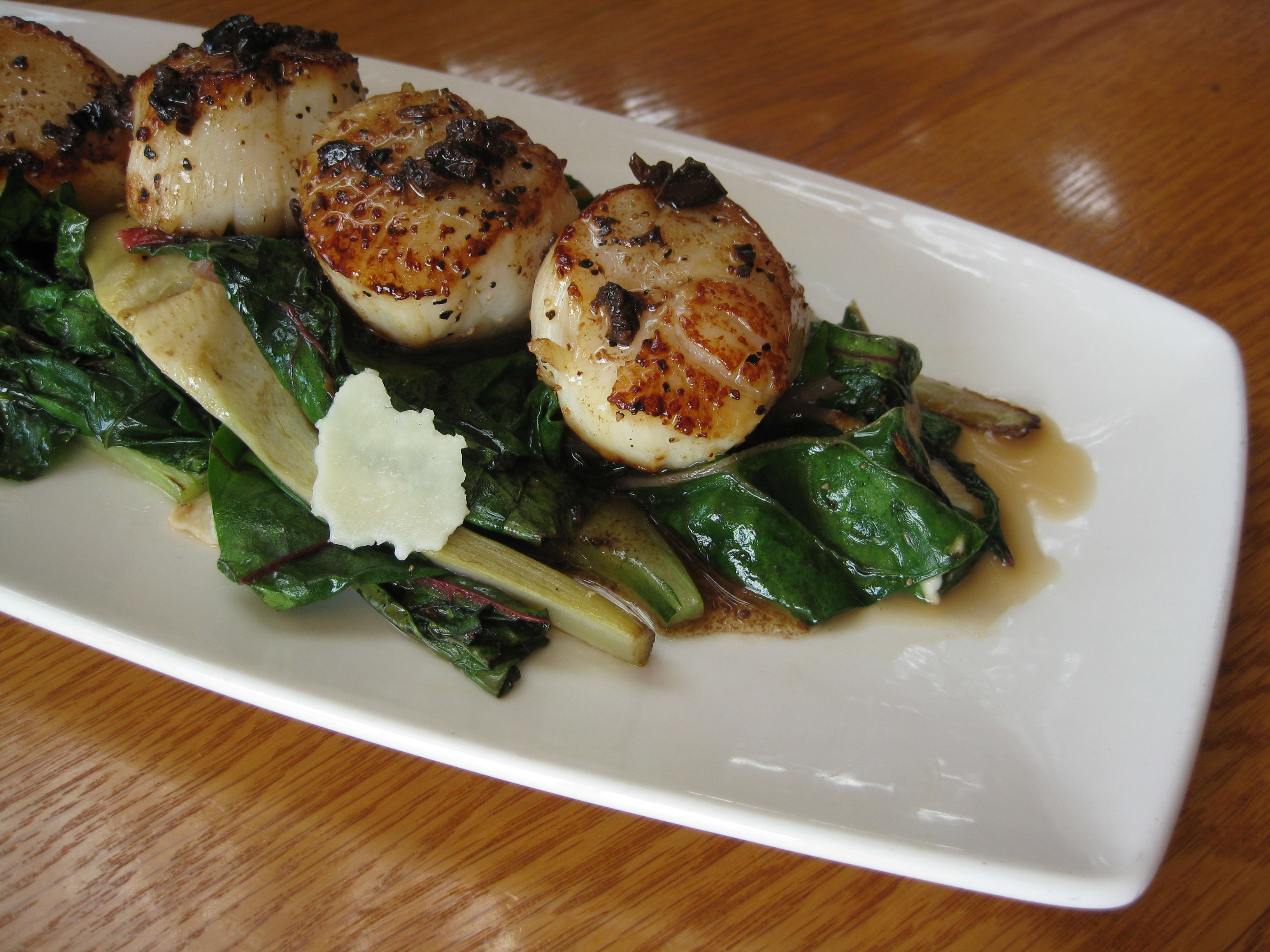 Sea Scallops at Ray's Boathouse Restaurant, Cafe & Catering