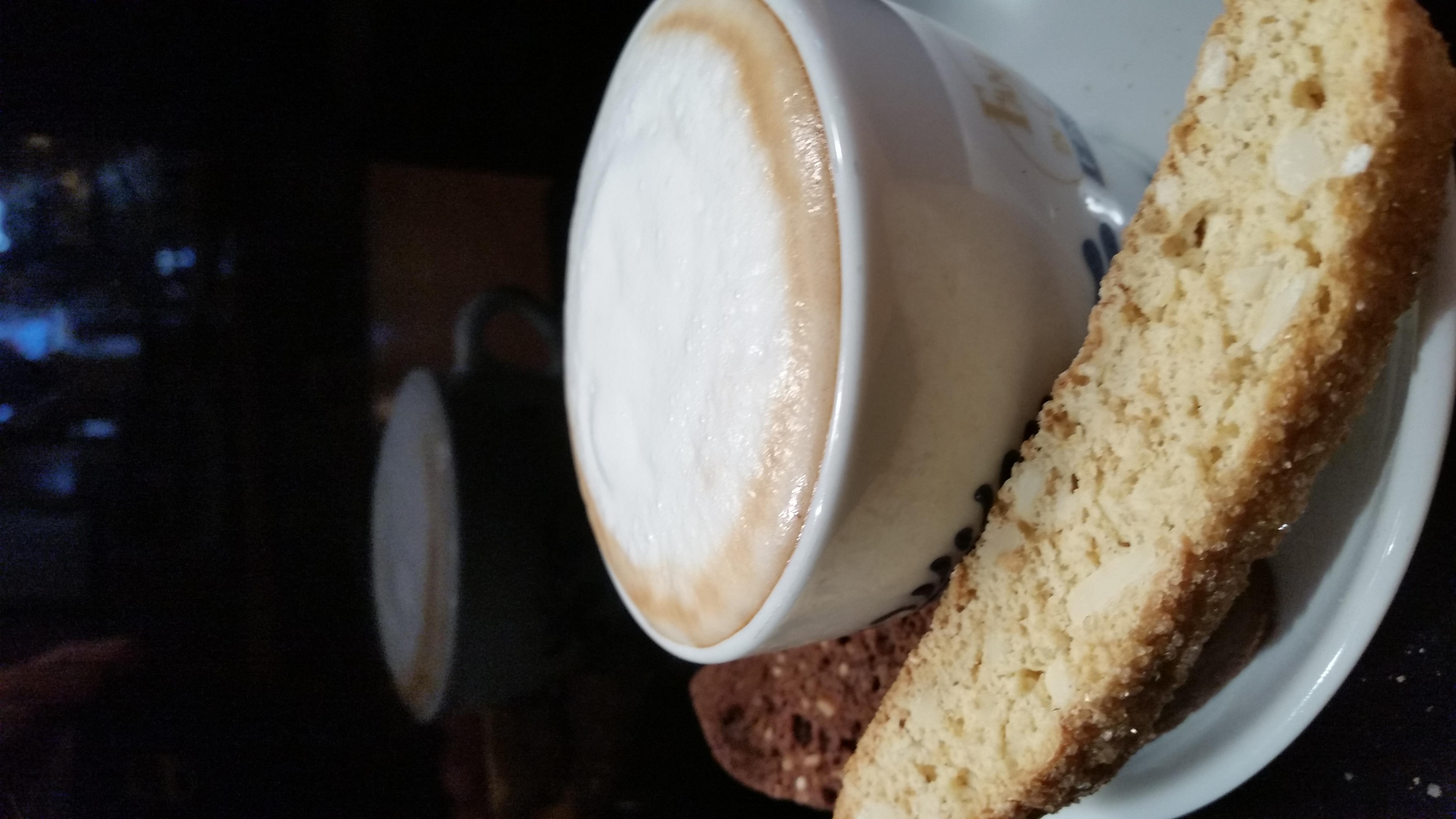 Cappuccino and Homemade Ginger Almond Biscotti at South Street Creamery Cafe