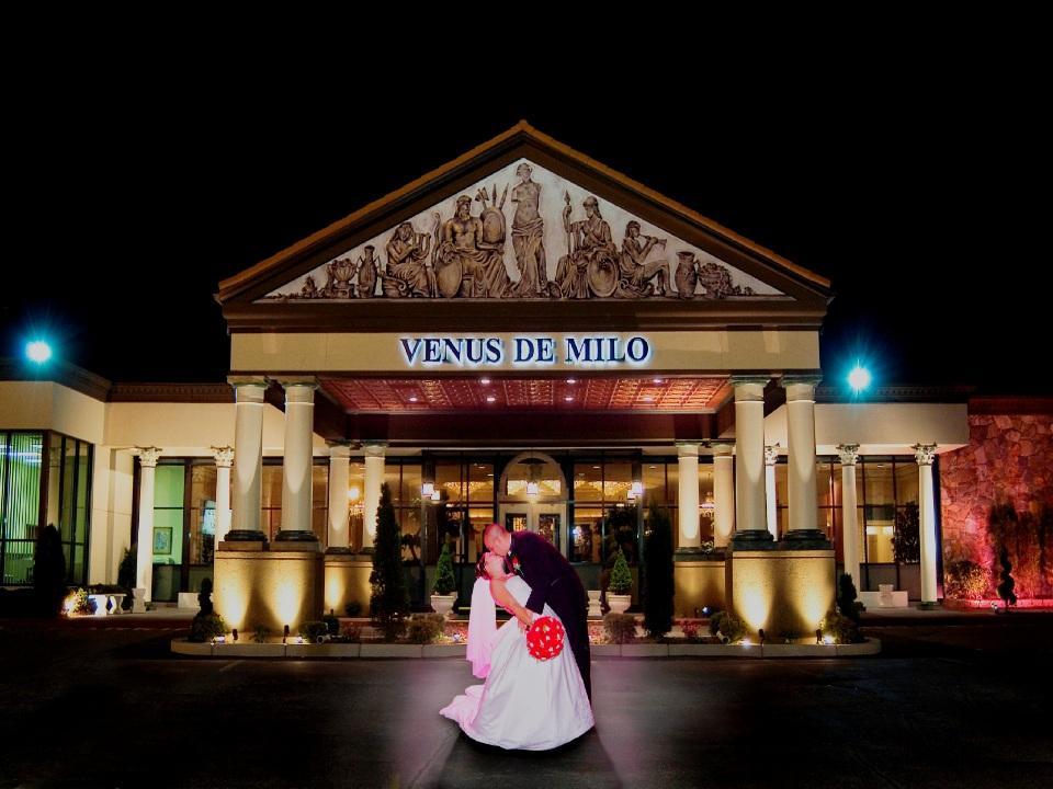 Photo at Venus DE MILO