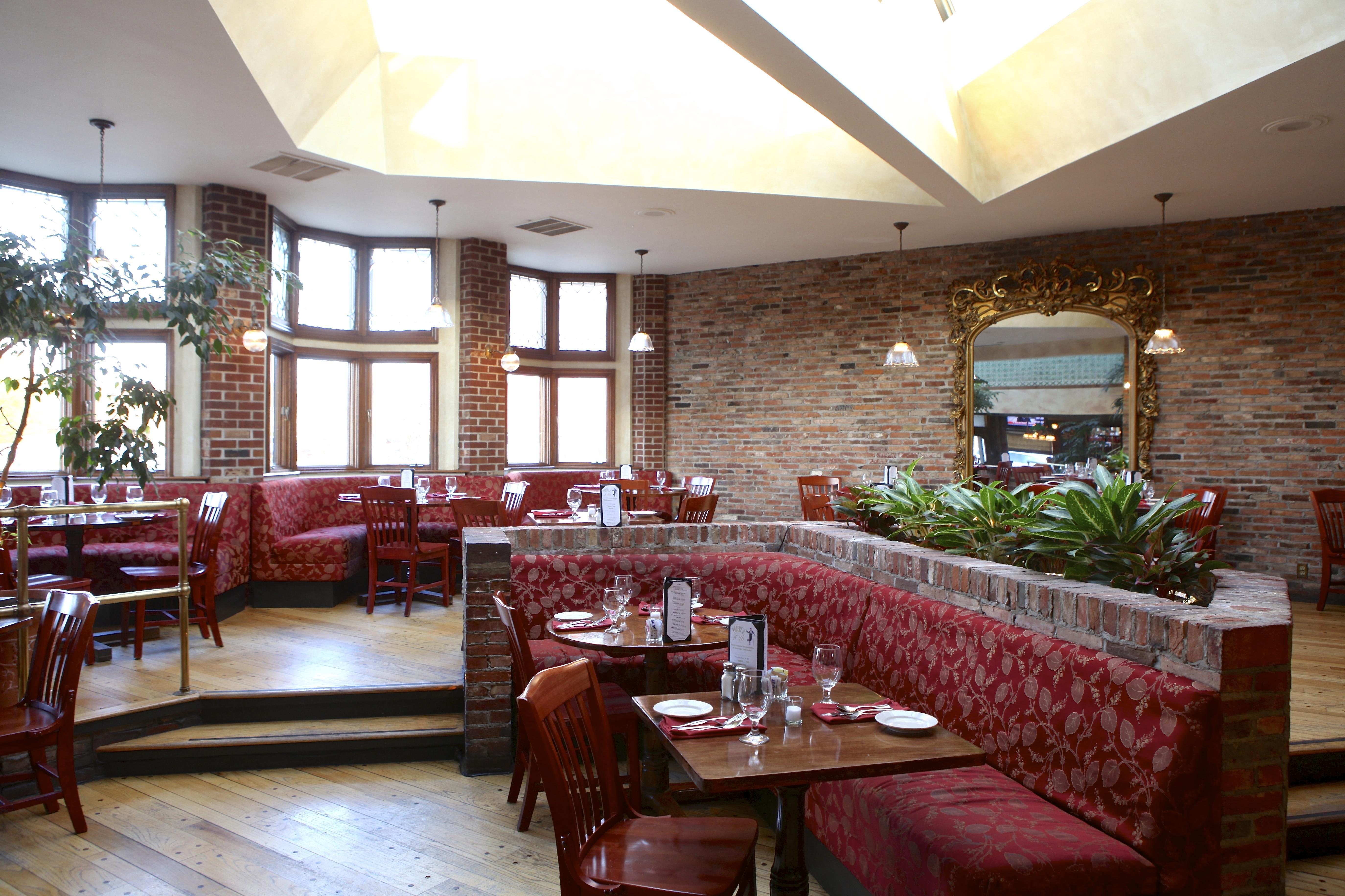 Atrium dining room at Phoebe's