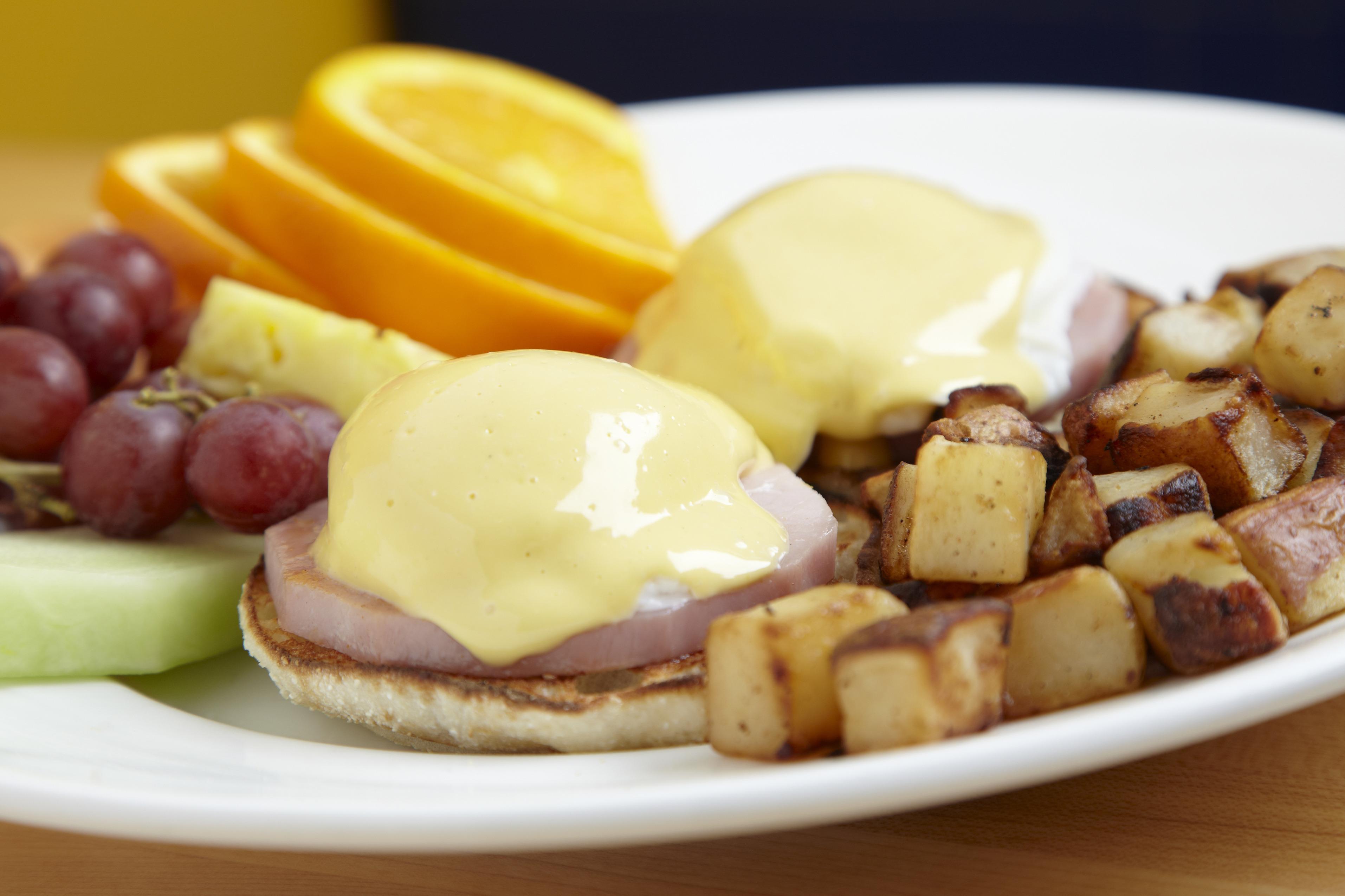 Eggs Benedict at Yolk