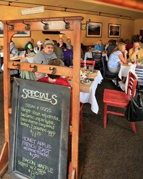 PhotoSPd6w at Alameda Cafe