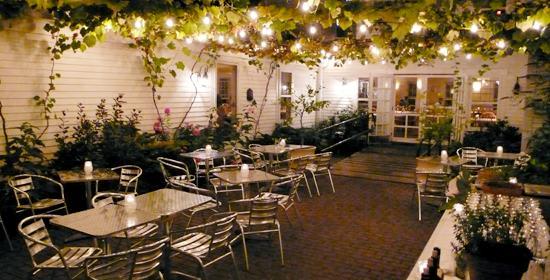 PhotoSP04Q at Winslow's Tavern