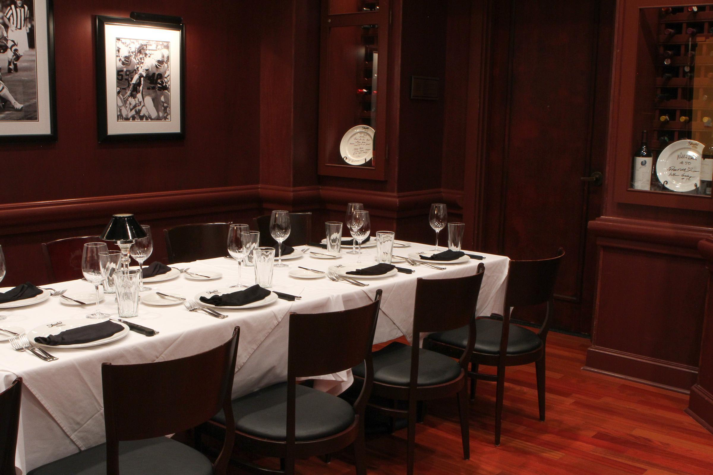 Private Dining Photo 15