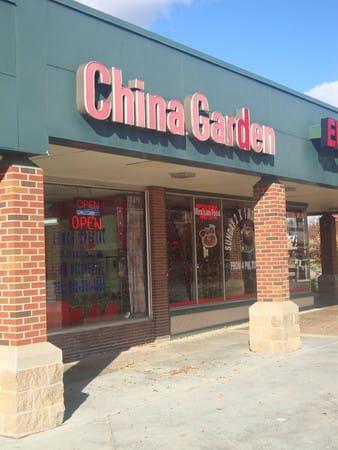 PhotoSPUNa at China Garden Restaurant