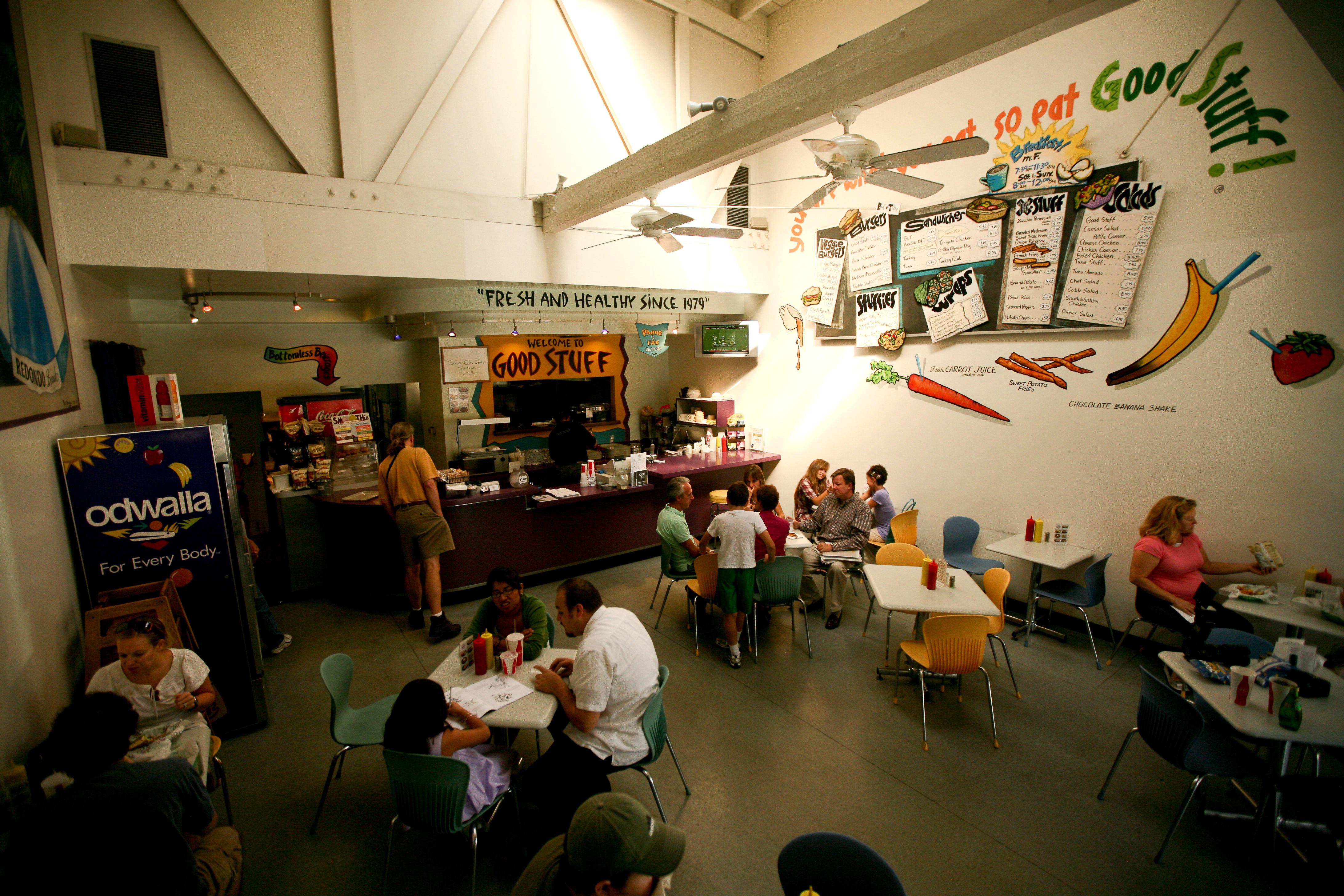 Dining Room at Good Stuff Burgers