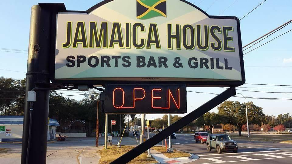 Photo at Jamaica House Sports Bar & Grill